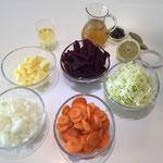 Zutaten gehackt und geschnitten
