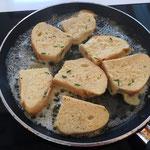 Brotscheiben anbraten