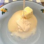 Smettana - Sauerrahme oder Kefir dazugeben