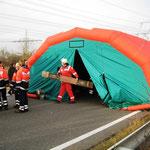 Zelt zur Versorgung von Verletzten