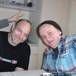 Sunny und Mark: Gleich gibts was Leckeres, mein Hase! :)