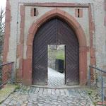 Durchgang zur Burg im Torturm. #Frankenstein #ghosthunters #paranormal