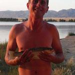So sieht ein stolzer und erfolgreicher Fischer aus: am Canyon Ferry Lake