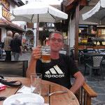 Roman im Paradies: T-Shirt-Wetter und Bier am Nachmittag