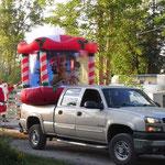 Die spinnen, die Canadier: Weihnachtsfeier mitten im Juli auf dem Campingplatz