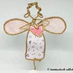 Papierdrahtfigur Engel mit Herz (rosa Flügel)