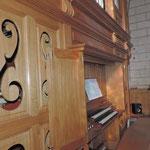 Eglise de Nontron (24 Dordogne) l'orgue et la tribune - photo MC pour les amis de l'orgue de l'Orgue de Nontron