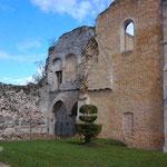 Senlis 11 04 12 Vestiges du château royal 2
