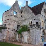 Senlis 11 04 12 Vestiges du château royal 3