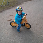 Endlich mal wieder das Fahrrad vorgeholt und was ist wieder... der Sitz zu tief...