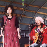 福島県の山の中でのイベントにて 二人でもNaNaは始まります