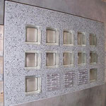 Bild: Lichtschachtabdeckung Lichtschacht-Abdeckungen Glasstein Glasstahlbeton glasbausteine-center glasbausteine-center.de Lichtschachtabdeckungen Lichtschacht-Abdeckung Betongläser Lüftungsgitter Lichtschacht-Abdeckung Glassteindecke Glasbausteindecke