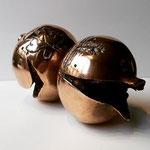 """Scultura in bronzo dorato di cm. 19x11 fusa a cera persa dalla Venturi Arte, """"il Melograno di Cassinari"""" - Esemplare n°62\500"""
