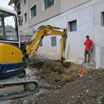 Loch für Unterflur-Container vorbereiten