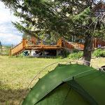 """Mein """"Campingplatz"""" bei Anni und Jim im Garten."""