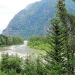 Entlang am Fraser River nach Hope