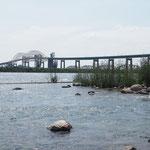 St. Mary`s River. Grenze zu den USA und Verbindung zwischen Lake Superior und Lake Huron.