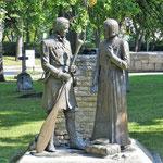 Skulpturen erinnern.....