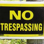 Auch in Saskatchewan das gleiche Camping-Problem. Diese Schilder lachten mich meistens an, wenn ich eine schöne Übernachtungsstelle sah.