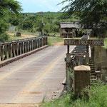 Brücke über Mara