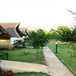 Voi Wildlife Lodge - jedes Zelt hat einen eigenen Pool