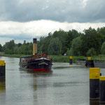 Dampfeisbrecher kommt aus Lübeck