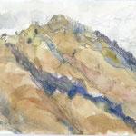 """初心者が""""挑戦""""する丹沢前衛の低山・鐘ヶ岳 しかし特徴的な立派な山容です"""