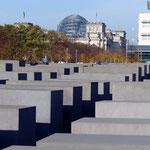 Motiv 6 - Mahnmal vor Reichstagsgebäude
