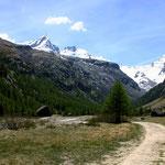 Gran Paradiso-Gruppe 1 - Blick aus dem Tal bei Pont