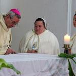 Creciendo bajo la bendición y dirección de nuestro Obispo Mons. Luis Madrid