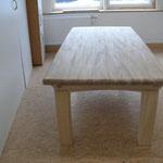 Tisch aus Massivholz Ulme und Linde Design Martin Decker