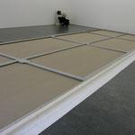 Montage eines Rahmens im Format 275 x 950cm