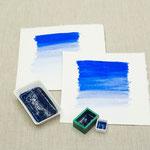 Lapislazuli Aquarellfarbe in Näpfchen, Malachitcontainer und Porzellanschälchen