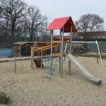 Berlin, Goldbeckweg, Jugendfreizeithaus, Spielplatz, Baujahr 2014