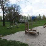 Elsterheide OT Bluno,  Am Sportplatz, Spielplatz,Baujahr 2014