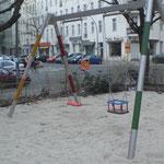 Berlin, Barbarossastraße 66, Spielplatz, Baujahr 2014