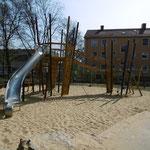 Erfurt, Eugen Richter Straße, Spielplatz, Baujahr 2014