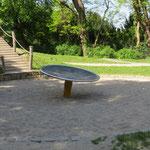 Dresden, Trachenberger Straße, Spielplatz, Die Schale