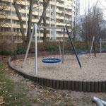 Berlin, Wilhelm-Guddorf-Straße, Spielplatz, Baujahr 2014