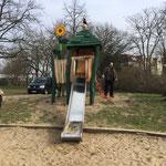 Berlin, Spandauer Straße, Spielplatz, Baujahr 2014