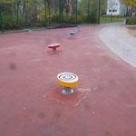 Berlin, Glambecker Weg, Spielplatz, Slack Line und Tanzscgule, Baujahr 2014