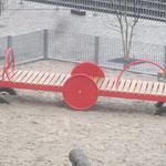 Berlin, Monumentenplatz, Spielplatz, Baujahr 2014