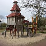Panketal, Hobrechtsfelder Dorfstraße, Spielplatz; Baujahr 2013