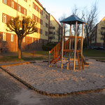 Leipzig, Thaerstraße 8, Spielplatz in Wohnanlage der LWB