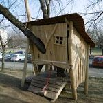 Erfurt, Bukarester Straße 50, Kita Arche Noah, Baumhaus, Baujahr 2014