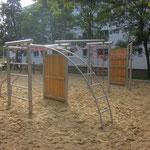 Berlin, Fritz Leschstraße 35, Spielplatz, Baujahr 2014