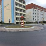 Oranienburg, Sachsenhausener Straße, Kreisverkehr Leuchtturm