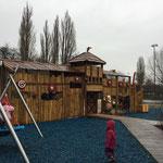 Berlin, Spandauer Burgwall, Slawensiedlung Spielplatz, Baujahr 2015