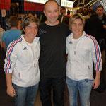 José, en compagnie de notre amie Jessica Buil et sa soeur Sabrina, 5 fois Championnes du Monde et six fois d'Europe en Kata équipe.