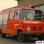 1985  Roepnummer:721 Kenteken: BJ-04-21 Type voertuig:TS5 HD250 T1000 Merk & Type: Mercedes Benz LF608D35 Opbouw: de Boer. Bouwjaar:1970 In dienst:1970 Uit dienst:1985 Standplaats: Numansdorp Opmerkingen: Verkocht aan Atractiepark Slagharen.